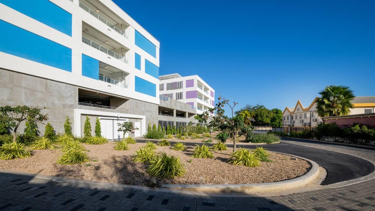 E departamento di emergensia na Curaçao Medical Center.